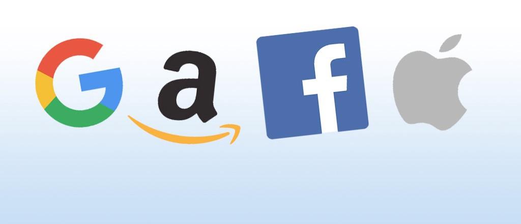 Очільників Apple, Google, Amazon та Facebook допитують в США