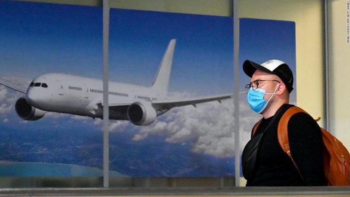 У Lufthansa Group заявили про нові правила носіння маски на борту