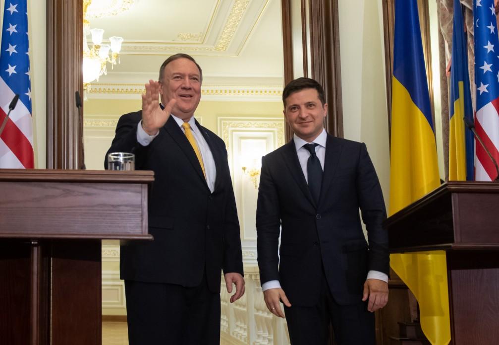 Український президент поговорив по телефону із державним секретарем США