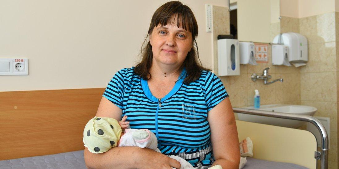 Українська мати-героїня народила 17-ту дитину