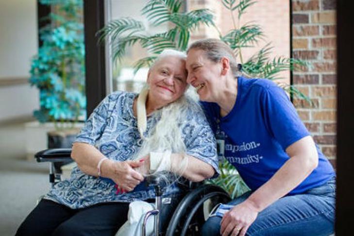 Рідні сестри знайшли одне одного завдяки коронавірусу