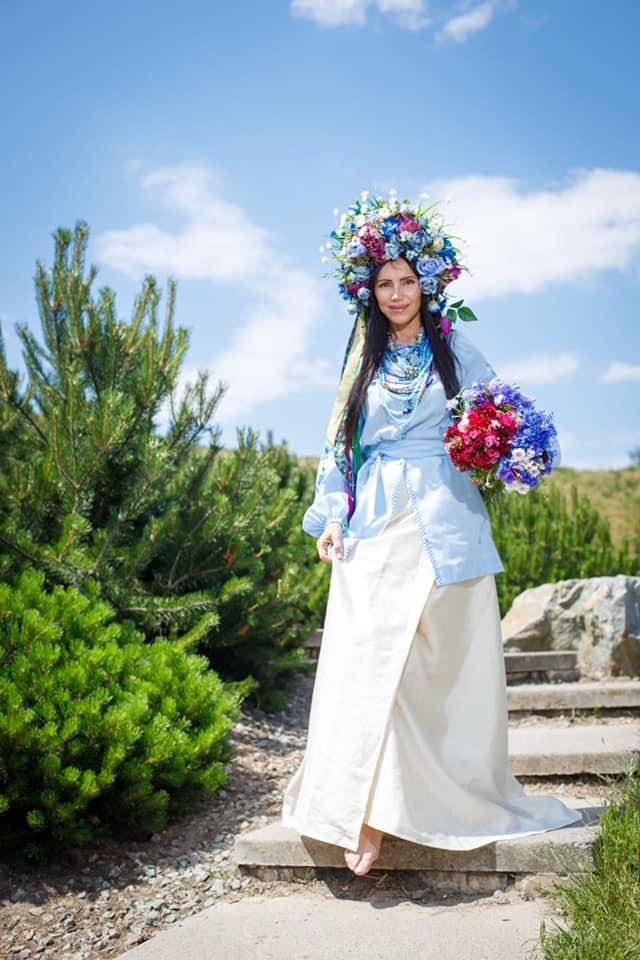 """Українка, володарка титулу """"Найгарніша бабуся світу"""", відсвяткувала своє 61-річчя (Фото)"""