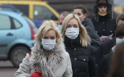 Головний лікар Чикаго заявила, що коронавірус не відступить ще довго