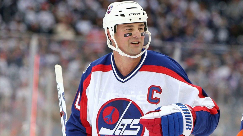 У Канаді помер відомий хокеїст українського походження