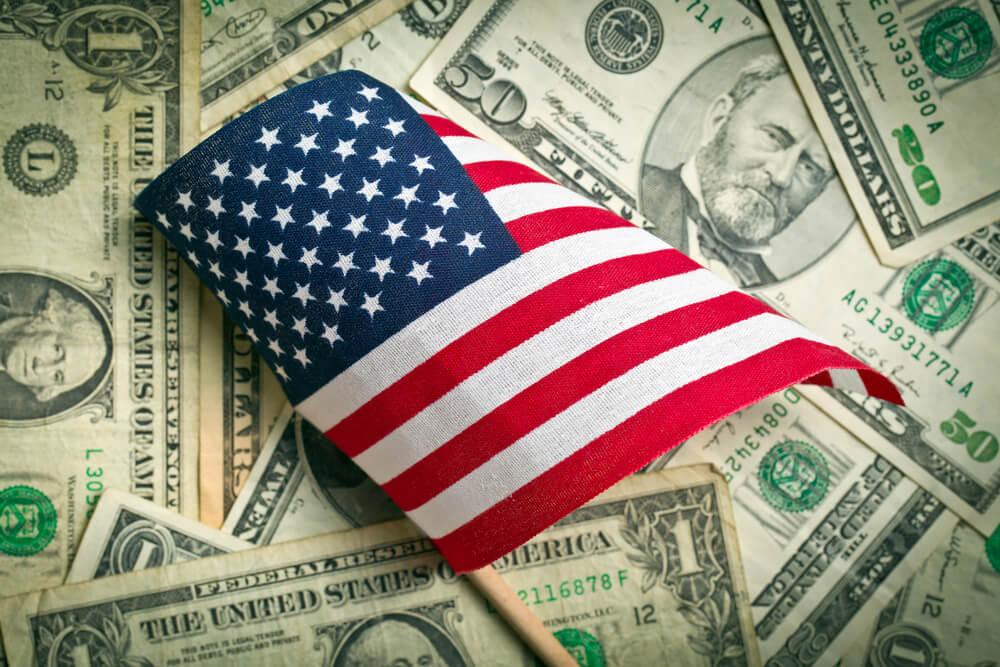 Дефіцит бюджету США за рік зріс утричі