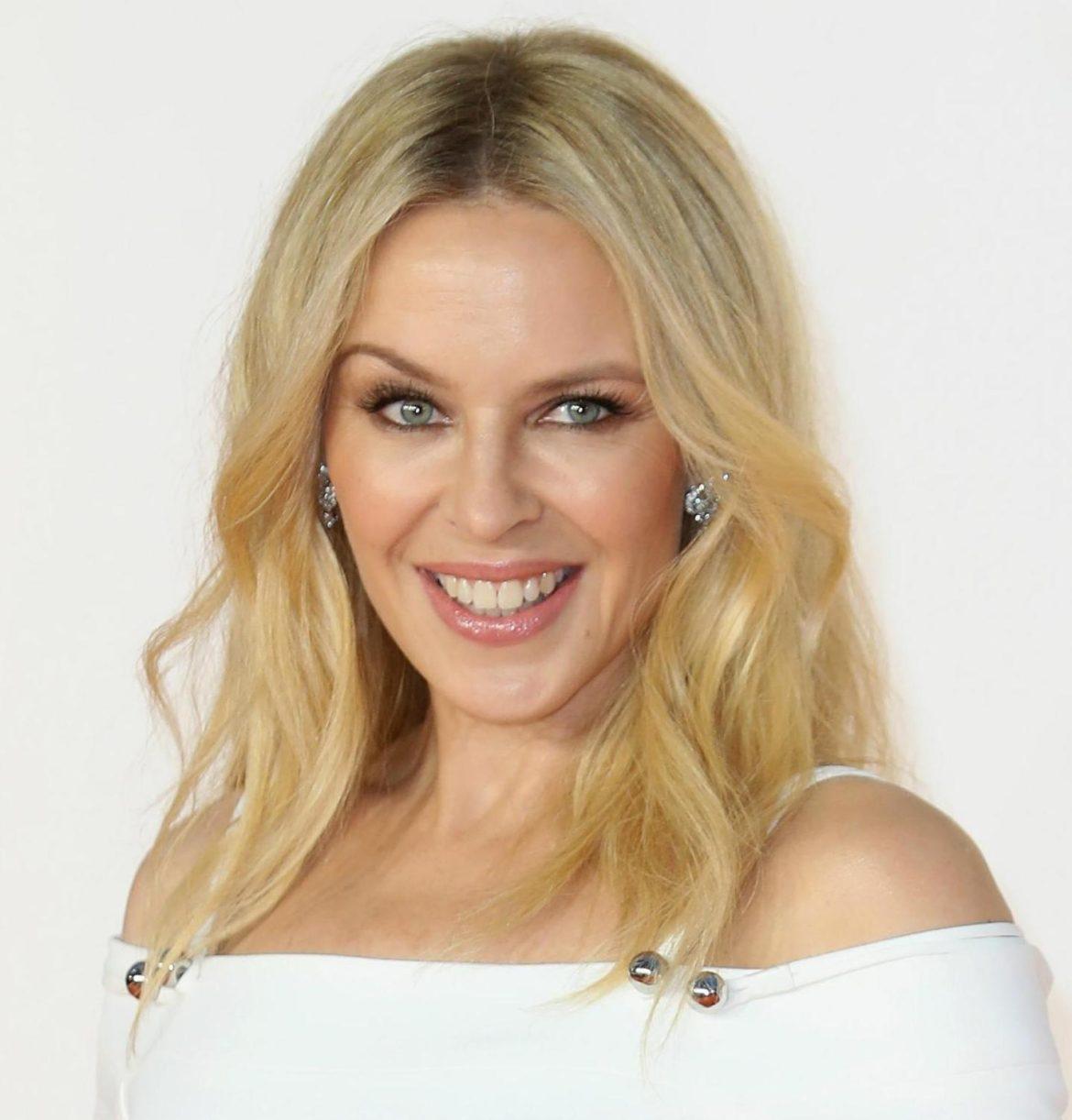 Австралійська співачка Кайлі Міноуг одягнула ніжну сукню від українського дизайнера(Фото)
