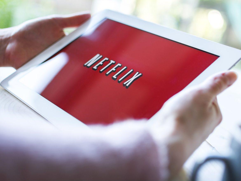 Контент Netflix дублюватимуть українською
