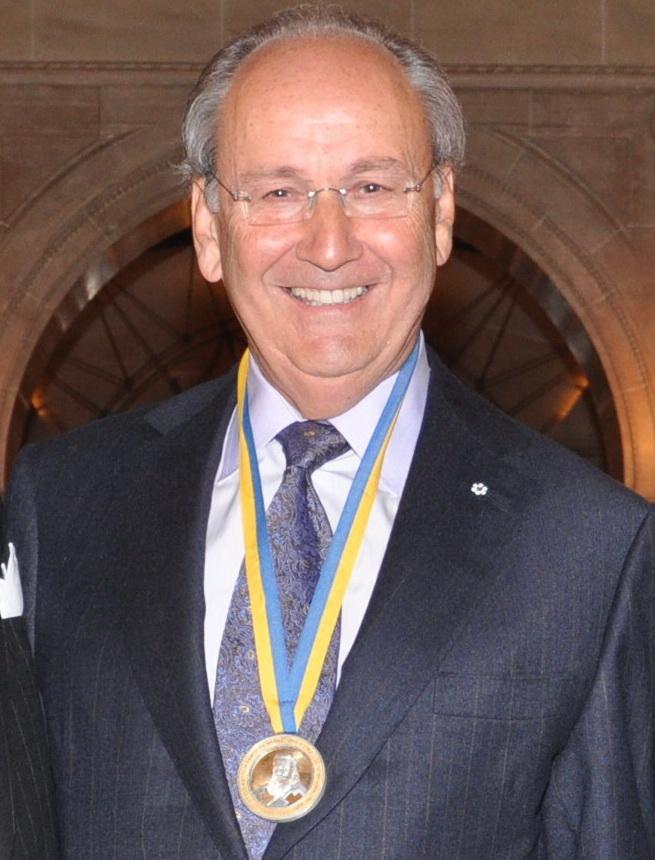 Канадієць українського походження надав Торонтському університету 250 млн доларів на підтримку медичних досліджень