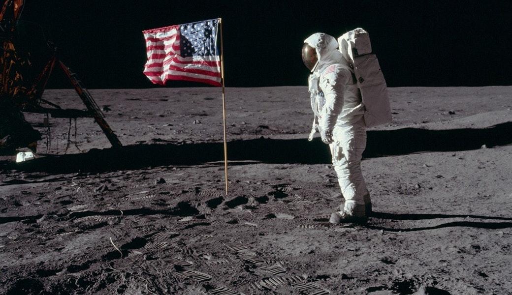 Вісім країн, в тому числі США, уклали міжнародну угоду про освоєння Місяця