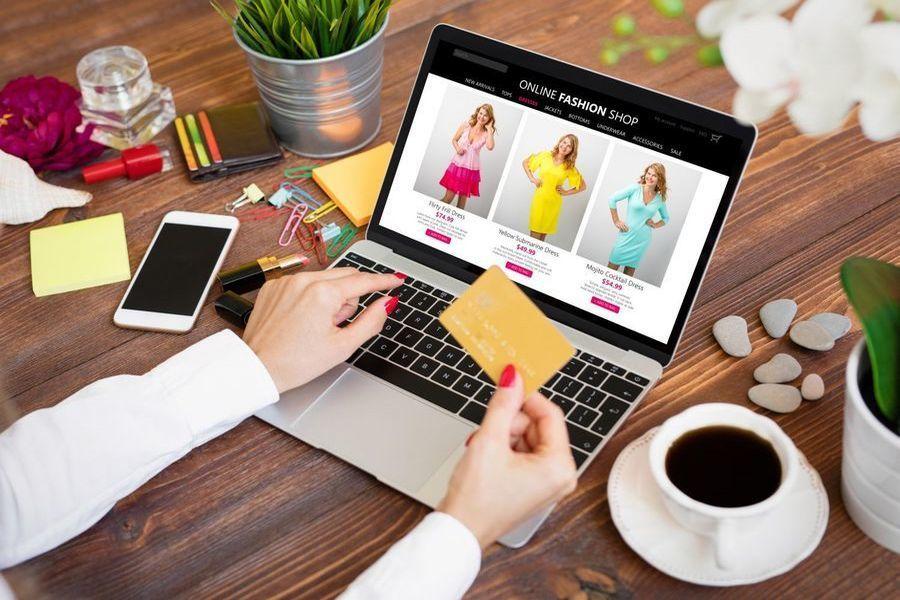 Українки відкрили перший у світі магазин цифрового одягу