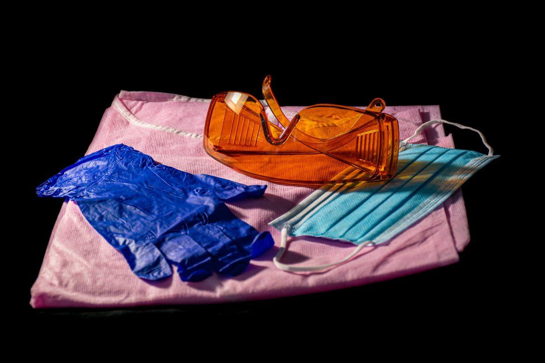 У США створили маску, яка може вбивати коронавірус (Фото)