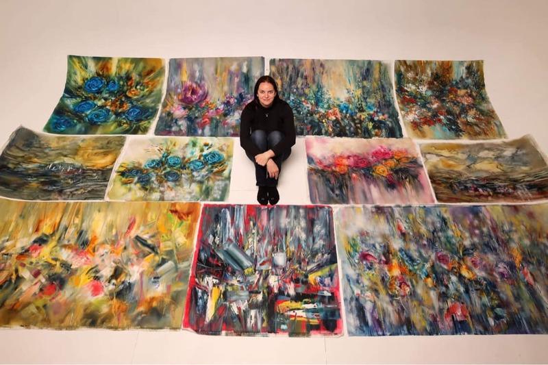Українська художниця подарувала свої картини національному музею у Чикаго