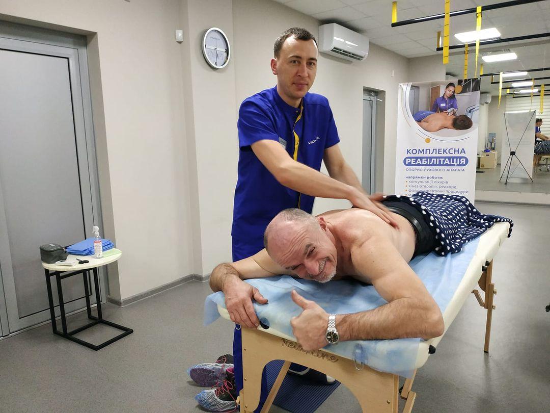 Українець встановив рекорд із найтривалішого масажу
