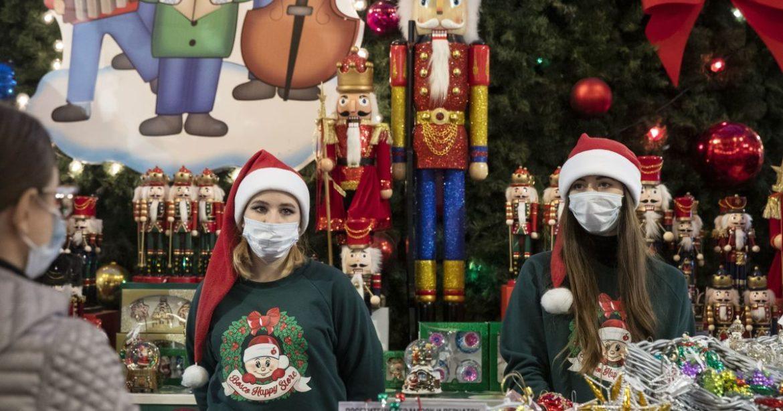 У США очікують значного посилення поширення коронавірусу після Різдва