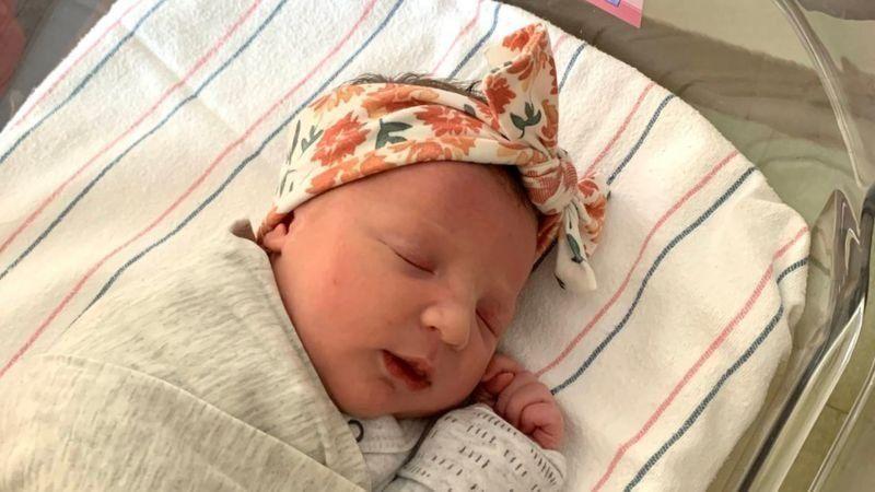 У США народилася дитина із ембріона, якому було 27 років