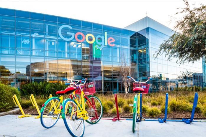 Кілька офісів Google стануть центрами вакцинації від коронавірусу