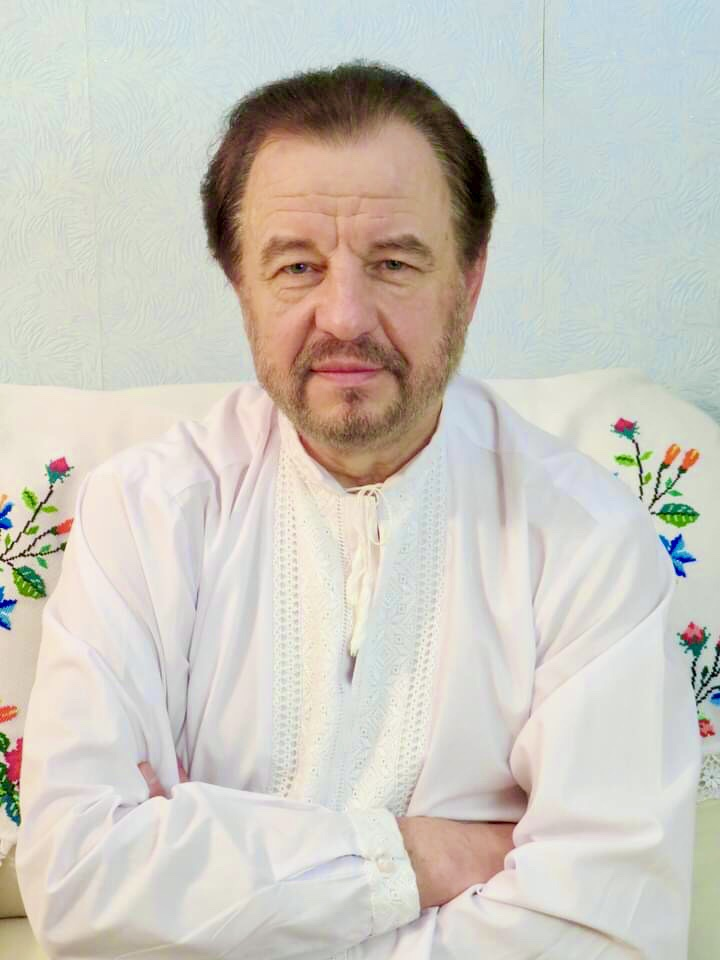 Святкові вітання з нагоди другої річниці виходу в ефір мистецької програми «Час української пісні» , створеної на Ethno Fm Radio