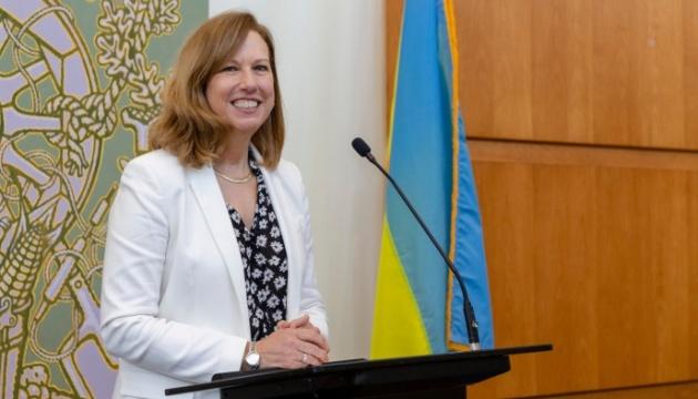 Посольство США оголосило про нову допомогу для початку вакцинації від COVID-19 в Україні