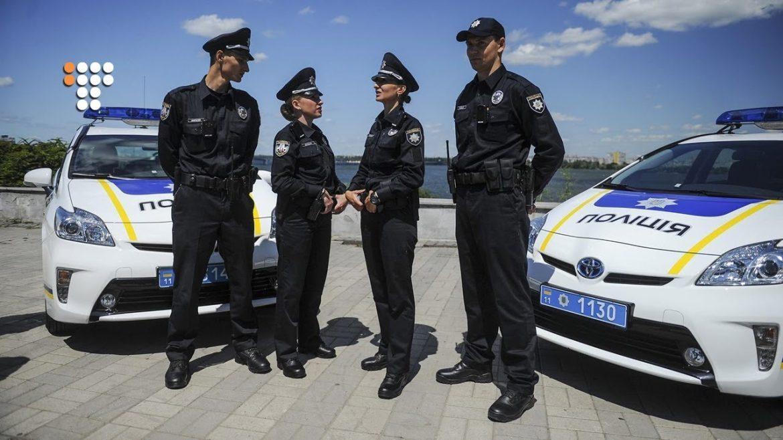 В Україні пропонують арештовувати на 15 діб за образу поліцейського