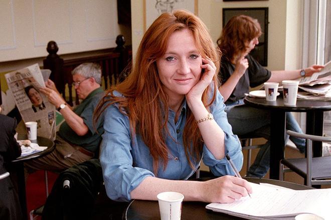 Джоан Роулінг анонсувала нову книгу