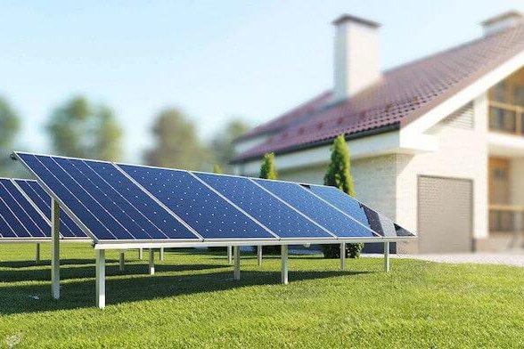 Американська школа, перейшовши на сонячну енергію, підвищила зарплату вчителям на 30%