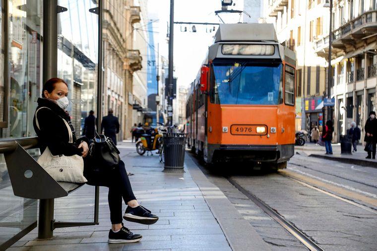 В США масковий режим у громадському транспорті продовжили до середини вересня