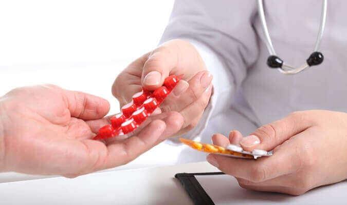 ВООЗ рекомендує ще один препарат від коронавірусу