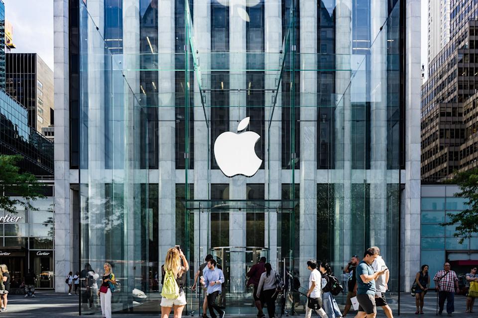 Працівники Apple виступили проти повернення в офіси