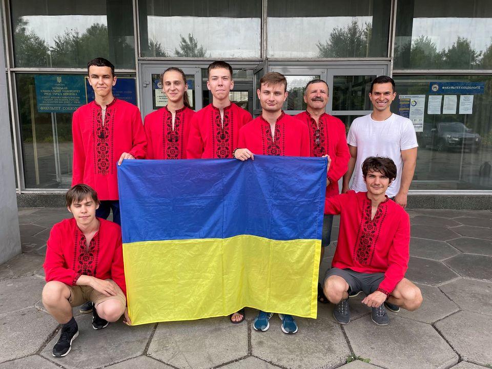 Серед сотні країн, українці стали шостими у міжнародній математичній олімпіаді