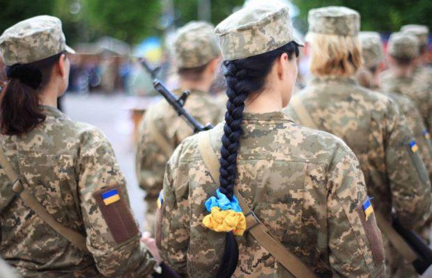 Вперше в історії України командувачем у збройних силах стала жінка (Фото)
