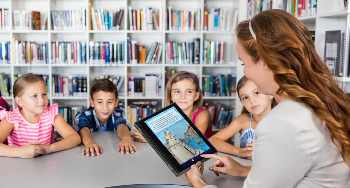 В Україні вчителів навчатимуть як користуватись гаджетами
