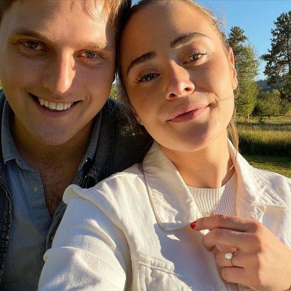 Онучка Байдена виходить заміж