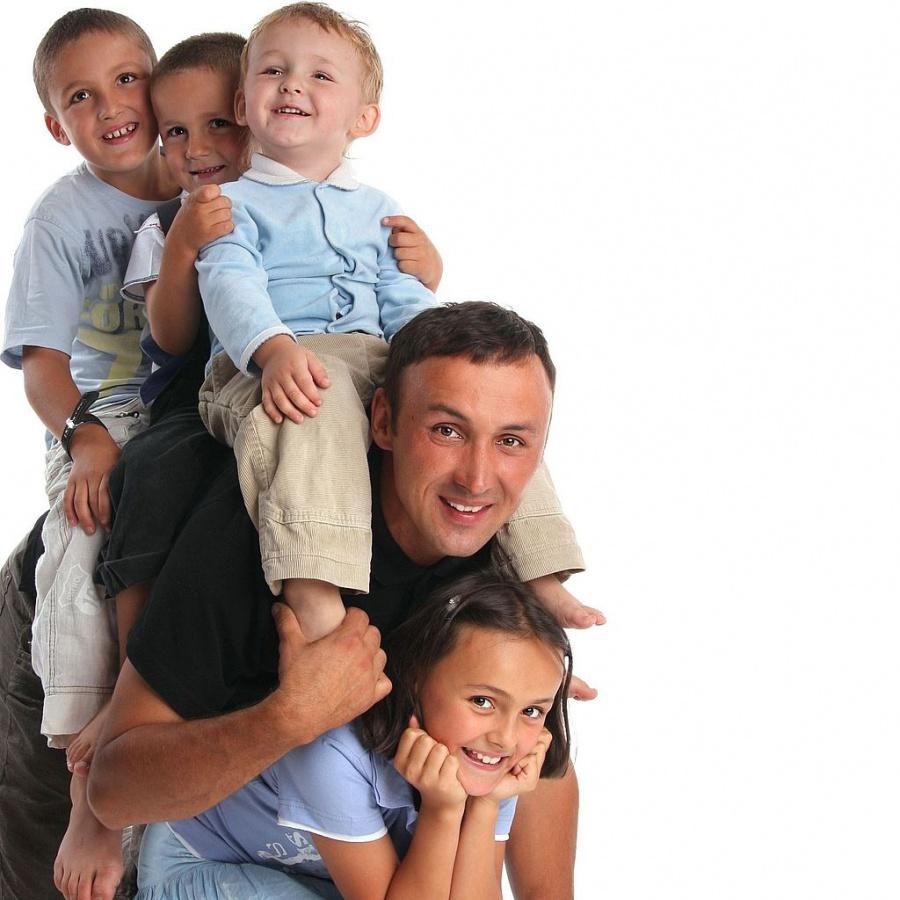 В Україні хочуть ввести нову нагороду для татусів